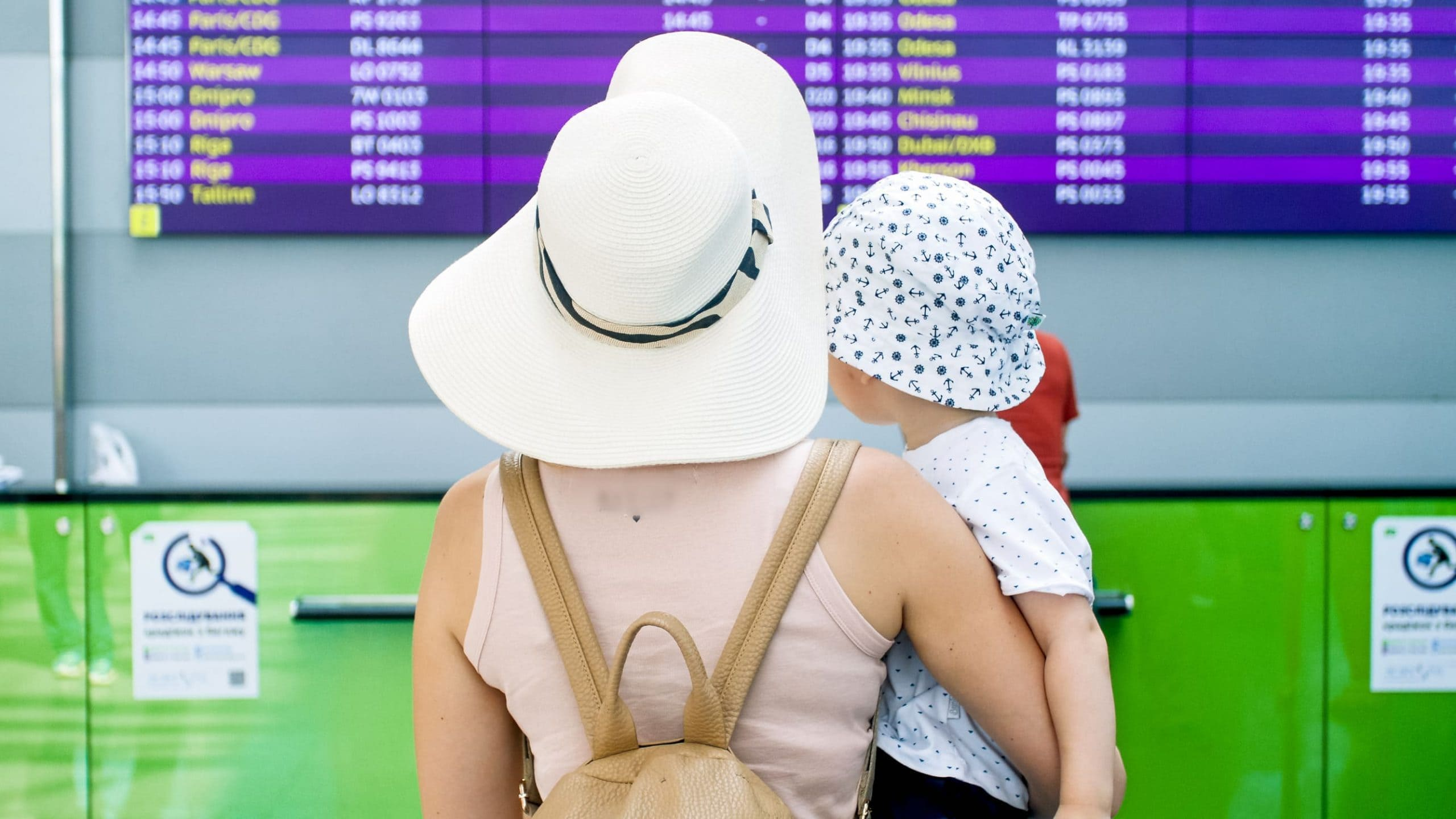 19 Tips for Traveling with Kids By Plane