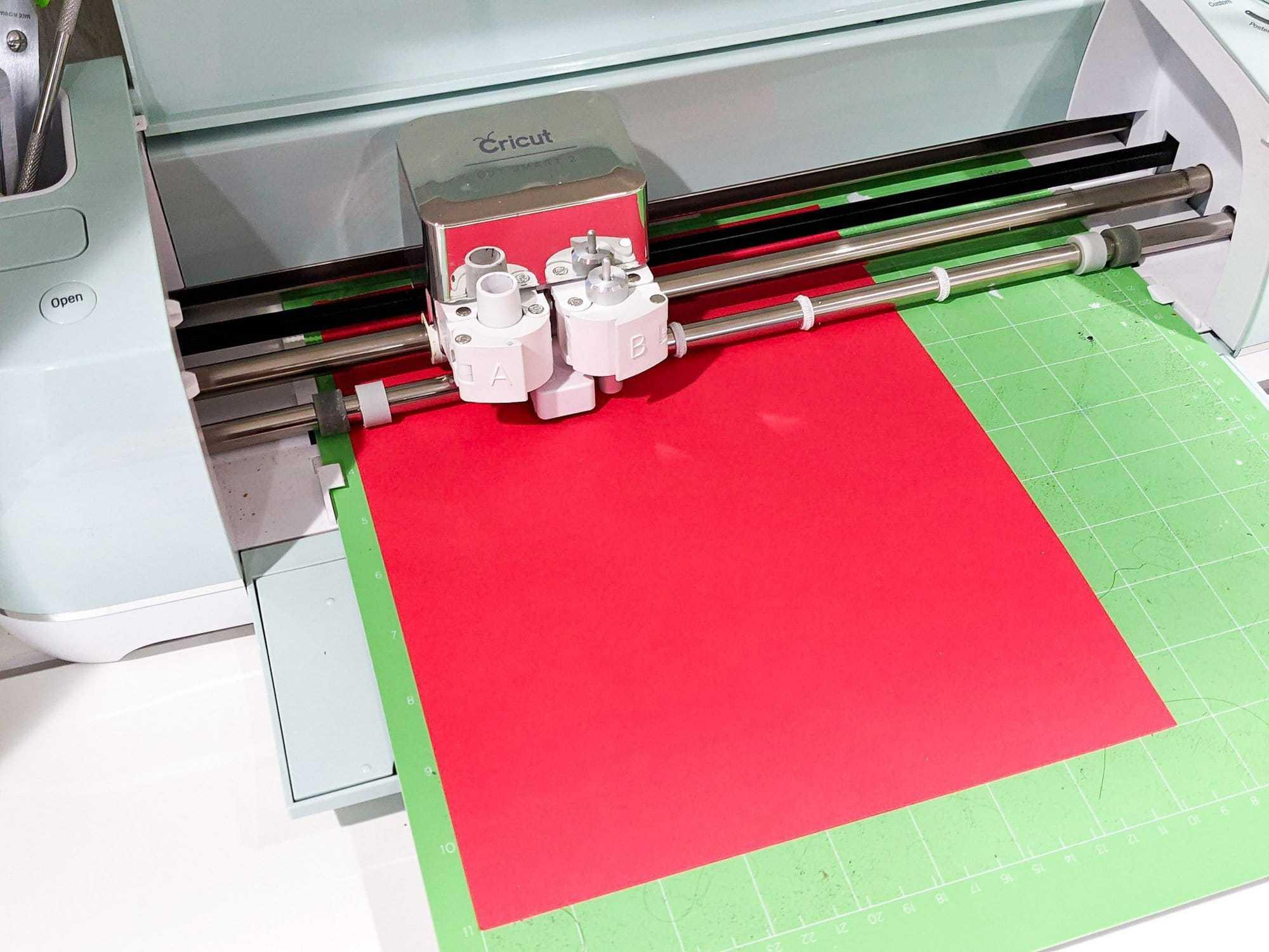 cutting paper flower template using a cricut machine