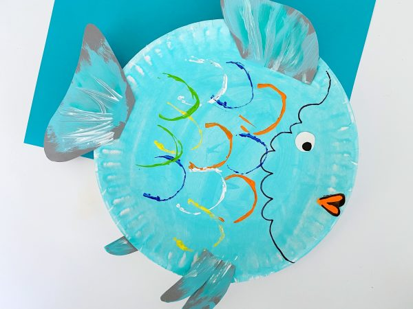 paper plate rainbow fish craft 3