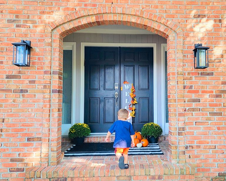 Easy front porch decorating ideas on a budget That Don't Compromise Curb Appeal
