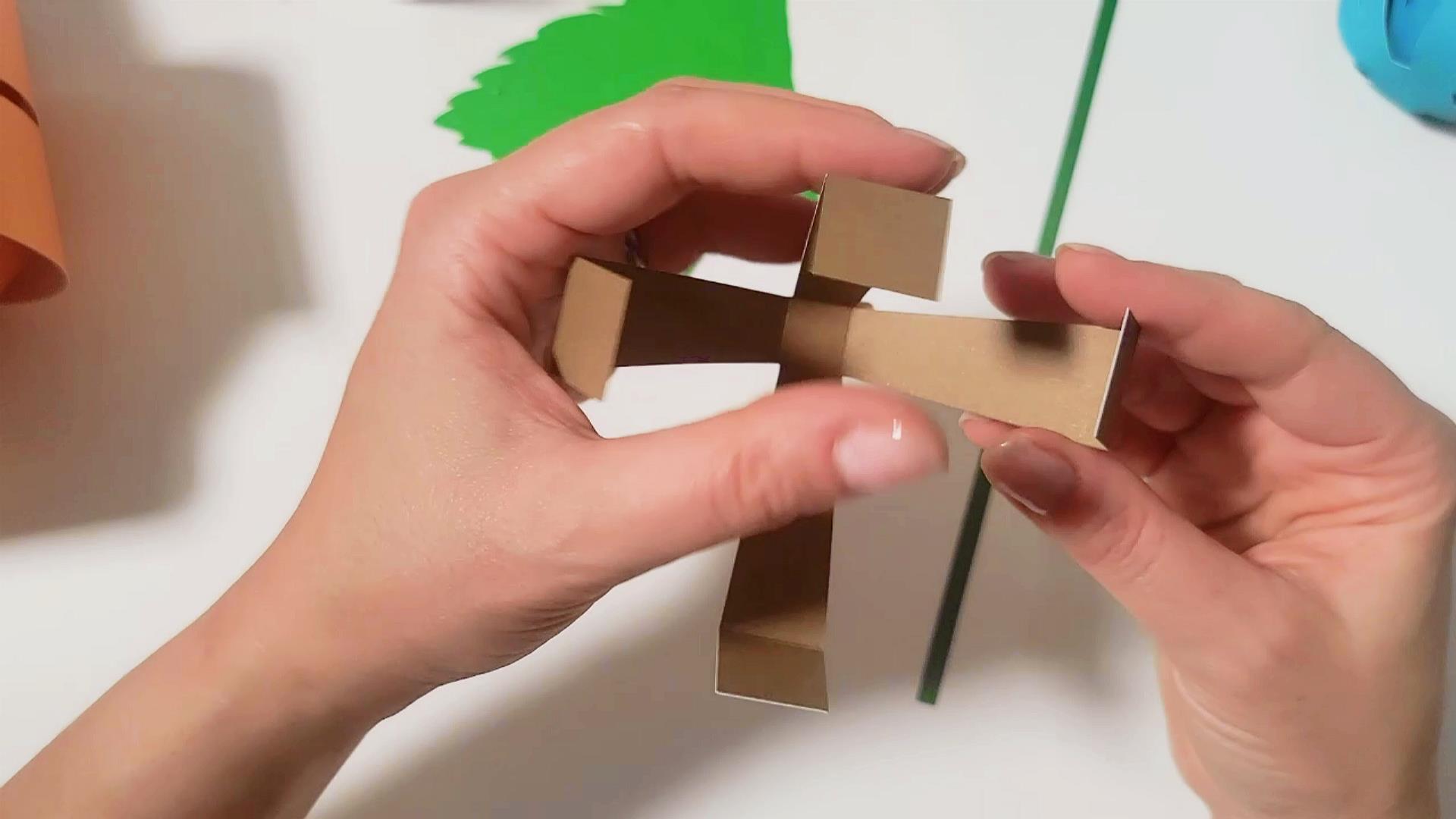 how to assemble a 3D paper pumpkin stem
